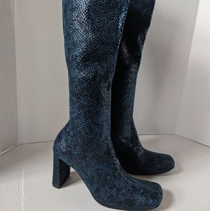 NEW Chinese Laundry Blue Faux Snake Skin Boots